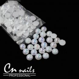 Perličky na nechty s odleskami 2mm Perličky, perlové kamienky